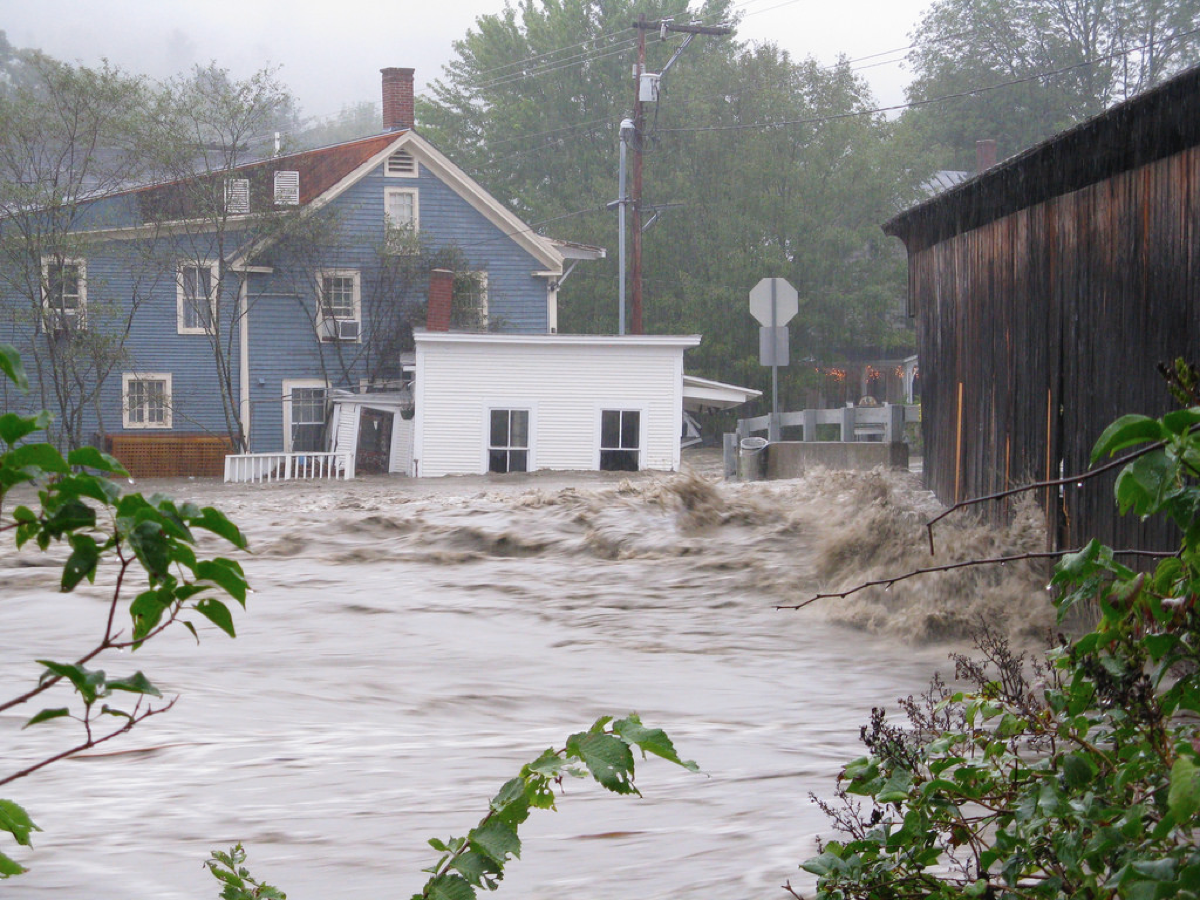 Tropical Storm Irene surge, Bridge Street, Waitsfield (Aug. 2011). Source: The Valley Reporter.